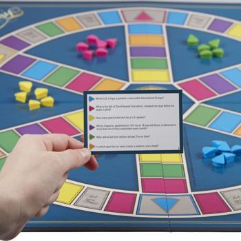 Picture of Hasbro Επιτραπέζιο Trivial Pursuit Classic Edition (C1940)