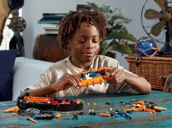 Picture of Lego Technic Rescue Hovercraft (42120)